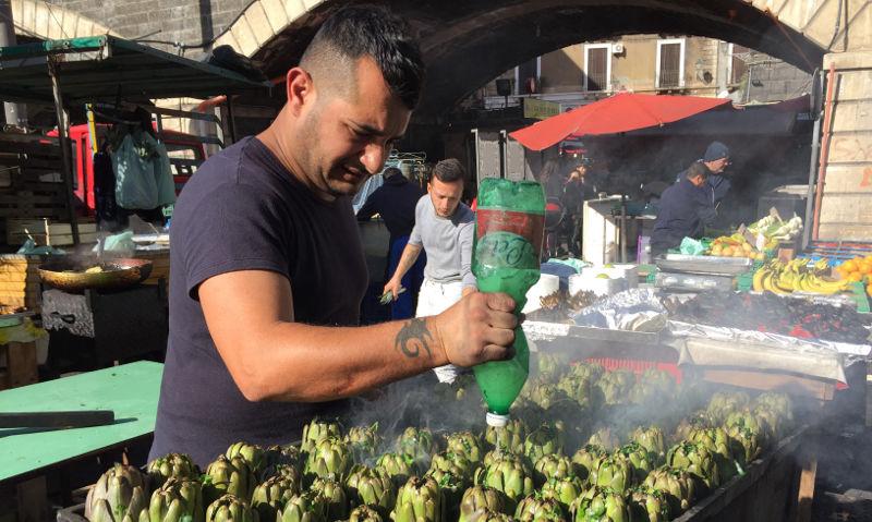 Catania street food - carciofi